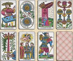 Tarologie de Voyance Gratuite - Taromancie et lecture des cartes du ... 786243e4ee1e